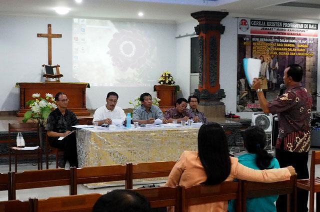 sosialiasasi-peraturan-gkpb-serta-jenjang-karir-pendeta-dan-tipe-jemaat-di-wilayah-gianyar