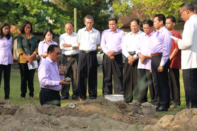 prosesi-peletakkan-batu-pertama-pembangunan-saran-akomodasi-and-training-centre